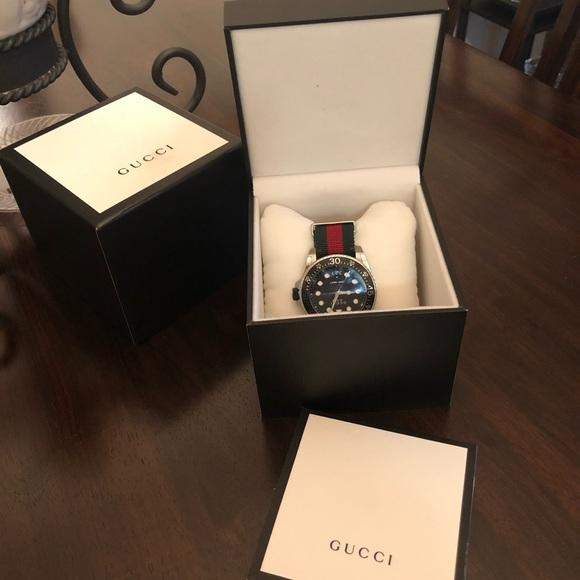 3857570e57b Men s Authentic Gucci Watch